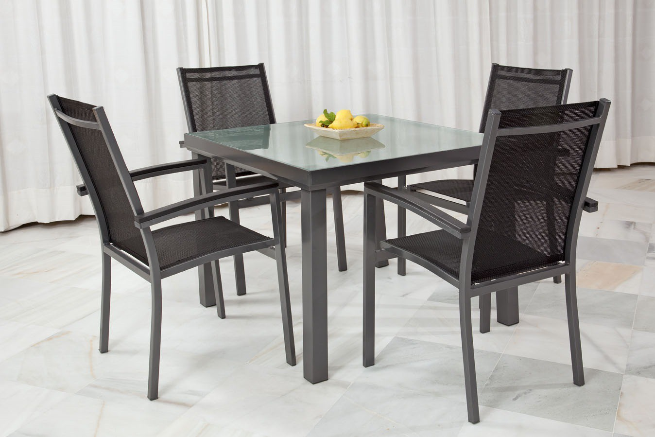 Mesas de terraza baratas mesa y sillas para exteriores for Mobiliario de jardin barato